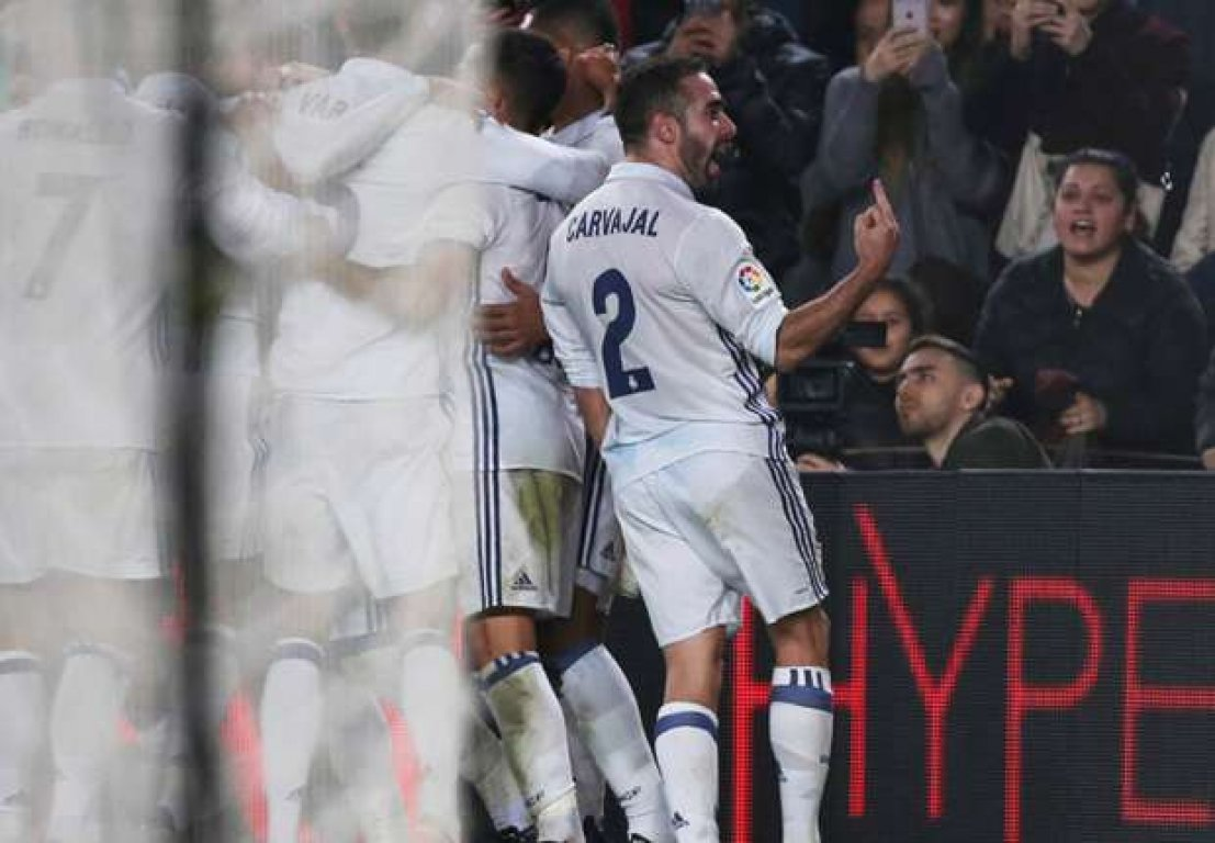 dani-carvajal-barcelona-vs-real-madrid-12032016-6zsjvfexqh3m14q1zx7u69k59