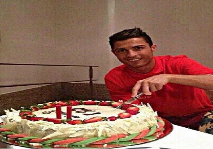cristiano ronaldo rođendan Cristiano Ronaldo danas slavi 32. rođendan: Ovo su najljepše žene  cristiano ronaldo rođendan