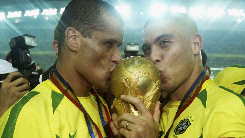 rivaldo-ronaldo-nazario-brazil-world-cup-2002-11fwcpuc562im1ask407c9pkn9