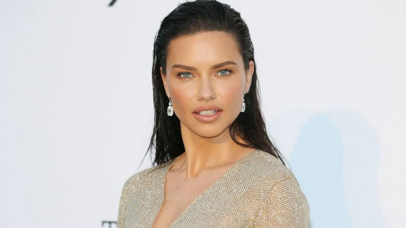 5bc9b283-9908-4259-93f6-074d0a0a0a67-adriana-lima-previeworg